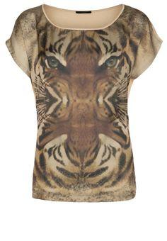 http://www.zalando.no/ikks-t-shirts-med-print-brun-jk221d01g-o11.html