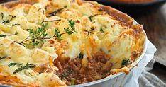 Minted lamb potato-top bake recipe - By New Zealand Woman's Weekly, Add your own twist to shepherd's pie -- try kumara mash and minted peas. Kraft Recipes, Pie Recipes, Baking Recipes, Recipies, Lamb Recipes, Lemon Sour Cream Cake, Vegan Tiramisu, Baked Macaroni, Zucchini