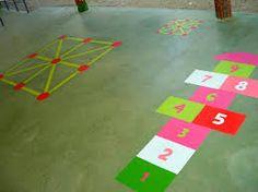Resultado de imagen de juegos en el suelo del patio