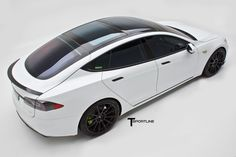 Pearl White Tesla Model S Ts2 09