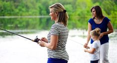If you want to find fishing gear for a female angler, there are things to keep in mind.