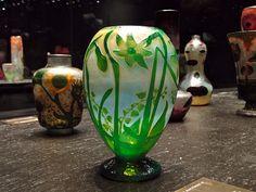 Vase aux narcisses et muguet   Flickr - Photo Sharing!