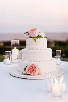 Simple elegant wedding cake - My wedding ideas