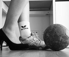 Relatert bilde Adidas Sneakers, Sports, Fashion, Handball, Pictures, Hs Sports, Moda, Fashion Styles, Sport