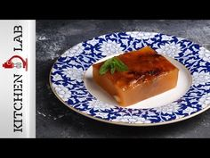 Greek halvah Jelly - Halvah Farsalon by Greek chef Akis Petretzikis. A different type of Halvah that may remind you more of a nougat, pudding or jelly pudding! Greek Sweets, Greek Desserts, Greek Recipes, Gourmet Recipes, Vegetarian Recipes, Healthy Recipes, Halva Recipe, Food Print, Feta