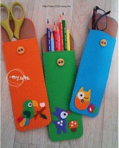ideas toys art feltro for 2019 Felt Crafts Patterns, Fabric Crafts, Sewing Crafts, Diy Crafts, Felt Pouch, Felt Purse, Felt Bookmark, Crafts For Kids, Arts And Crafts
