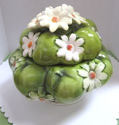 Vintage 1967 Daisy and Apple Dish by myabbiesattic on Etsy, $18.00