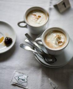 Beschwipster Kaffee mit Sahne