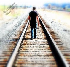 senior photo idea. Railroad track