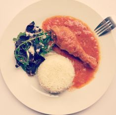 Chicken Stew with Rice and Salad – Kezia Eniang