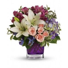 Represent stunning arrangement for special occasions....