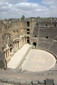Romeins theater in Bosra, Syrië Ancient Ruins, Ancient Rome, Ancient Greece, Ancient History, European History, Ancient Artifacts, American History, Ancient Greek Architecture, Roman Architecture