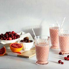 Cranberry Smoothie: 1/4 c frozen cranberries, banana, 1 blood orange, 2 dates, 3 ice cubes, 1/2 c coconut milk