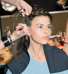 Romantic Hair Ideas That Take 10 Minutes Or Less
