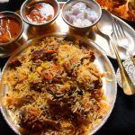காளிஃபிளவர் பொரியல் / Cauliflower Poriyal / Gobi Poriyal – Curry in a Hurry - Yummy Tummy Pesto Pasta Recipes, Chilli Recipes, Chutney Recipes, Indian Food Recipes, Vegetarian Recipes, Cooking Recipes, Restaurant Style Chicken Biryani Recipe, Chicken Dum Biryani Recipe, Kfc Popcorn Chicken Recipe
