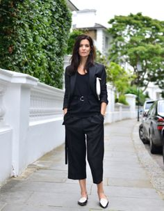 belted top + cropped pants + pointy flats