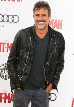 Jeffrey Dean Morgan mmmmmm