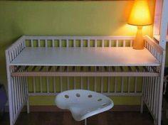 Que faire avec le lit de bébé ?!!! Un bureau !