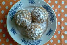 Ořechové muffiny - Recepty.cz - On-line kuchařka Doughnut, Cupcakes, Breakfast, Food, Morning Coffee, Cupcake Cakes, Essen, Meals, Yemek