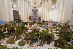 lo straordinario presepe animato tra i più grandi d'Italia, con centinaia di statuine animate
