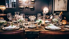 How to be the perfect dinner party host - Vogue Living