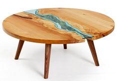 Mesa redonda de madeira e vidro
