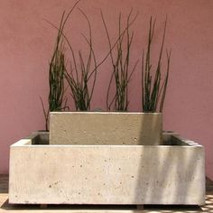 Stacked Concrete Water Feature - Studio 4 Los Angeles