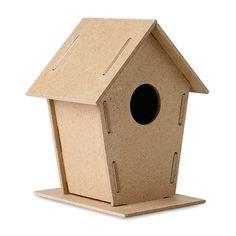 Casetta per uccelli WOOHOUSE:  http://www.ibiscusgadget.it/prodotto/casetta-per-uccelli-woohouse/