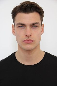 38 Best Short Haircuts Men To Change Your Style - Bebeautylife Stylish Short Haircuts, Bob Hairstyles For Thick, Best Short Haircuts, Boy Hairstyles, Haircuts For Men, Comb Over Fade Haircut, Short Fade Haircut, Haircut Men, Asian Short Hair