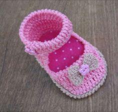 Sapatinho em crochê. Life baby crochet - YouTube.