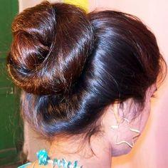 Bun Hairstyles For Long Hair, Party Hairstyles, Girl Hairstyles, Beautiful Buns, Beautiful Long Hair, Amazing Hair, Big Bun, Foto Instagram, Hair Health
