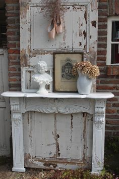 I am working on putting a mantlepiece in the garden, somewhere near some chairs or a bench. This one is via http://pollewopbrocante.blogspot.de