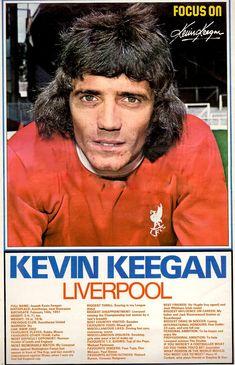 Focus On with Kevin Keegan of Liverpool with Shoot! magazine in Football Icon, Uk Football, Football Cards, Kevin Keegan, Hamburger Sv, English Football League, Sir Alex Ferguson, Football Memorabilia, European Cup