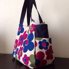 Fabric Bags, Purses And Bags, Reusable Tote Bags, Sewing, Pattern, Handmade, Fashion, Japanese Patchwork, Bag Design