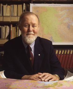 Roger Tomlinson, the father of GIS, has died at age 80.