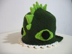 Sew a Word in Edgewise ::: תופרת וחופרת: Winter Hats Crochet Dragon Hat Tutorial Dinosaur Hat, Crochet Dinosaur, Crochet Dragon, Crochet Kids Hats, Crochet Baby, Knit Crochet, Irish Crochet, Crocheted Hats, Crochet Things