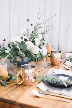 Stylish Tablesetting Ideas For Thanksgiving and Christmas | Apartment Therapy