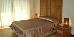 The BJ Holiday Lodge, North Pattaya, Thailand Pattaya Thailand, Bed, Holiday, Room, Furniture, Home Decor, Belgium, Homemade Home Decor, Vacations