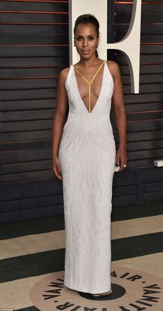 Actress Kerry Washington showed off her cleavage in a plunging white gown