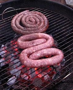66 Square Feet (The Food): Boerewors recipe South African Recipes, Roasted Meat, Food For Thought, Sausage, Spices, Cooking Recipes, Square Feet, Charts, Spice