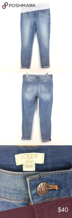 """J. Crew Davidson Skinny Lt wash jeans Sz 29 461 J. Crew Factory Davidson Wash Skinny Jeans Women's Sz 29 X 30 Lt Wash Denim 461  Measurements: Waist: 15.5"""" Flat Across Rise: 9"""" Long Inseam: 26"""" Cuffed-30"""" Long  In good preowned condition with no known flaws and light overall wear. J. Crew Factory Jeans Skinny"""
