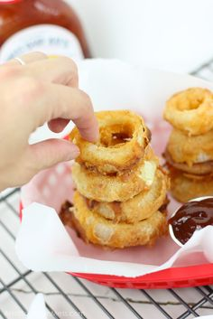 barbecue-bbq-buttermilk-onion-rings