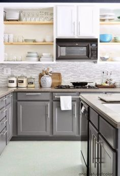 Planning a kitchen remodel ideas? Explore our favorite kitchen design ideas and get inspiration to create the kitchen of your dreams. Check out kitchen remodels and find inspiration for your next kitchen project with ease and style. Kitchen remodel ideas on a budget, layout, before and after, backsplash, small, Top 10, modern, Popular on 2018 | #KitchenRemodelIdeas #KitchenDesign #kitchenremodelingonabudgetmodern #kitchenremodelingonabudgetinspiration