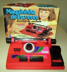 Maquininha de Escrever | 60 brinquedos dos anos 80 e 90 que farão você querer inventar uma máquina do tempo