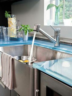 Glass worktops for kitchens