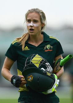 "Cricket Australia calls Ellyse Perry ""arguably the best female athlete in Australia"" and not without merit. She has played for Australia at international level in both soccer and cricket and recently batted the Aussies to victory in the One Day Internatio Test Cricket, Cricket Sport, Cricket Tips, Live Cricket, Georgy Girl, Bodybuilding Memes, Cricket Quotes, One Day International, Gender Issues"
