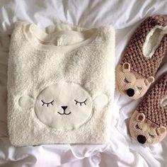 Melina Souza - Serendipity <3  http://melinasouza.com/2015/03/06/6-on-6-marco-2015  #Pyjamas  #Pijamas  #Sheep