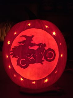 Witch on motorcycle pattern by Stoneykins. Carved on a real pumpkin by WynterSolstice. 2015.