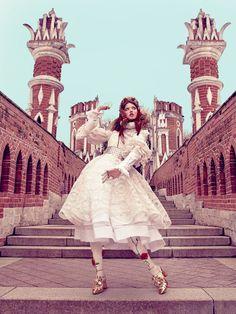 Линдси Виксон (Lindsey Wixson) Фотосессия для журнала Vogue Japan (декабрь 2013)  фотограф Эммы Саммертон (Emma Summerton) Москва Царицыно