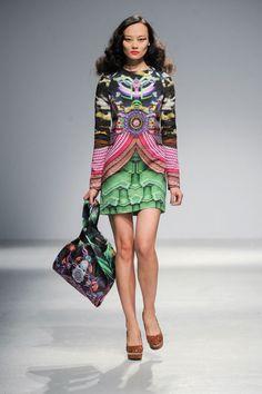 Manish Arora Womenswear Winter 2013 - 2014 Paris